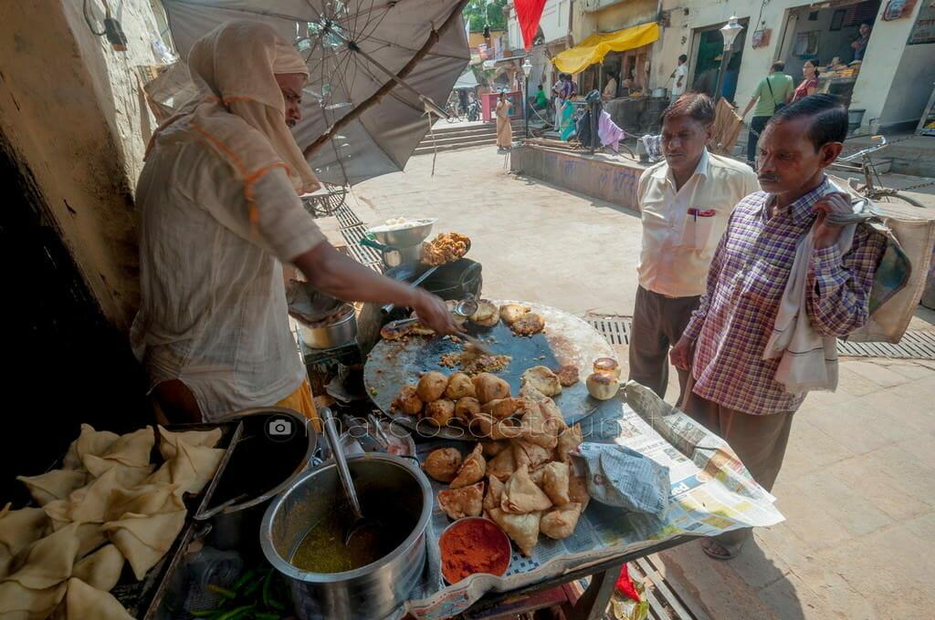 Aloo Sidestreet Stall at Orchha, Madhya Pradesh, India