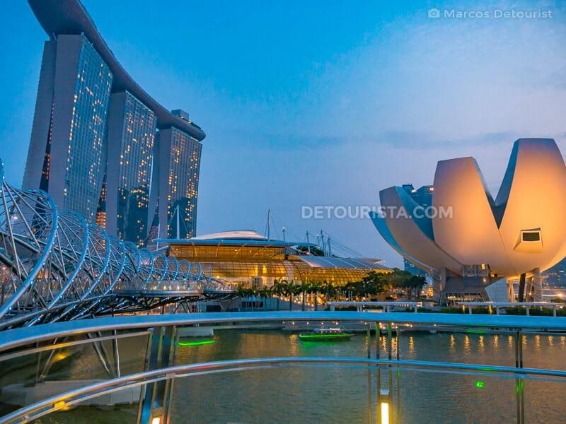 Marina Bay Singapore at dusk