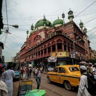 Two Days in Kolkata: India Solo Travel 101
