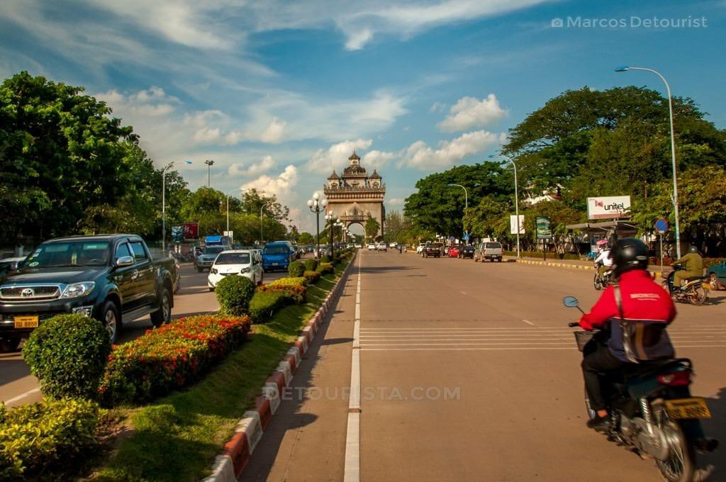 Patuxai Victory Monument, Vientianne, Laos