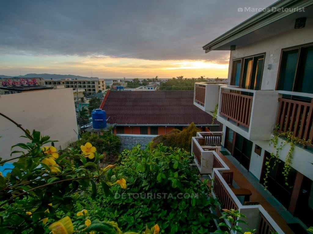 Agos Boracay Rooms + Beds Review