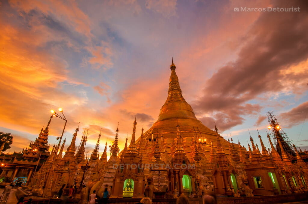 Sunset at Shwedagon Paya (Pagoda)