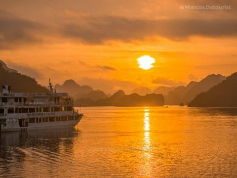 Sunrise view from our cuise boat in Ha Long Bay, Quang Ninh, Vietnam
