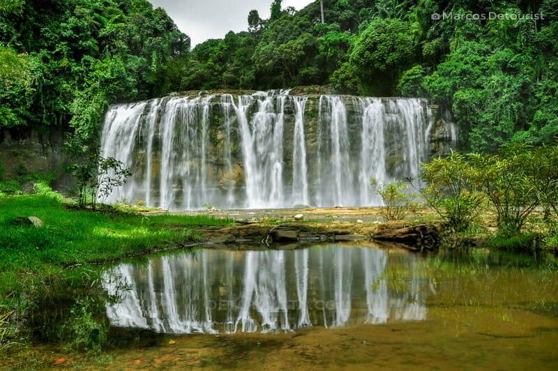 Tinuy-an Falls mirrored
