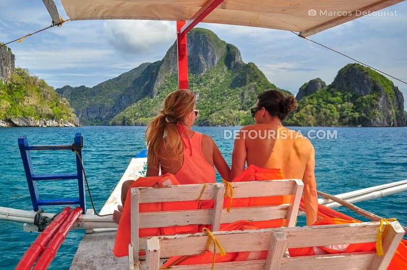 Island hopping tour in El Nido