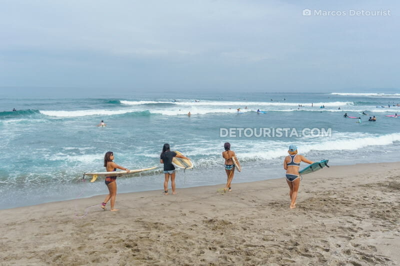 Surfer squad at Urbiztondo Beach