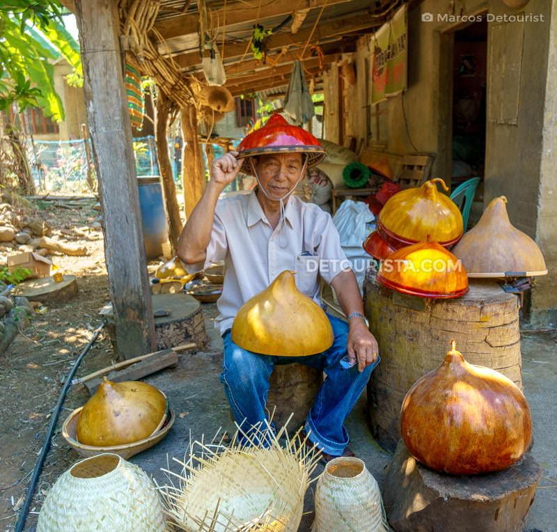 Teofilo Garcia, Tabungaw gourd hat maker