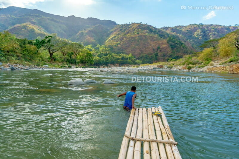 River crossing to Piwek Rock Formations