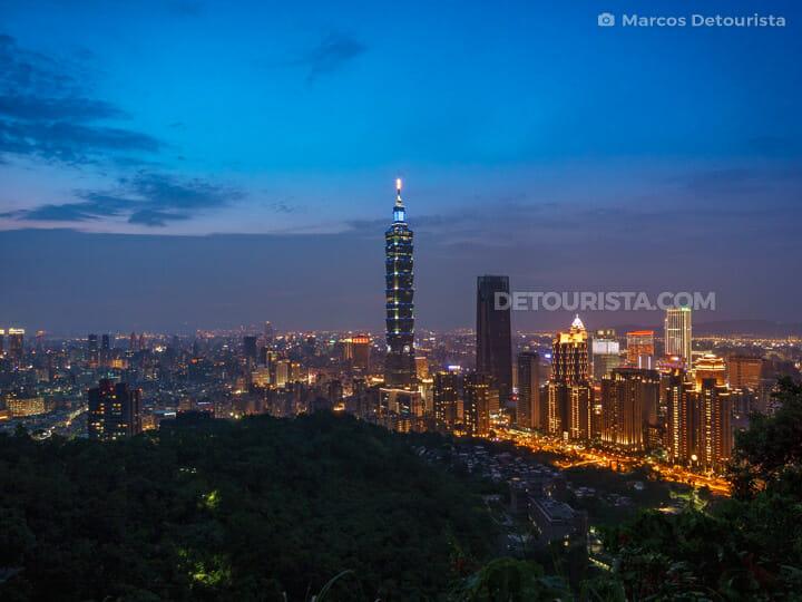Taipei 101 view from Elephant Mountain, in Taipei, Taiwan