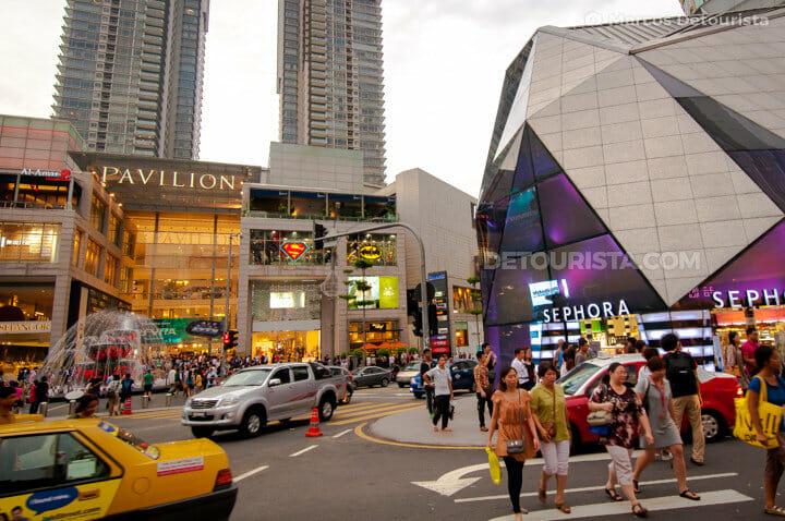 Bukit Bintang shopping district in Kuala Lumpur, Malaysia