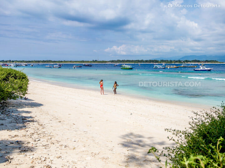 Gili Trawangan Island white sand beach, Gili Islands, Lombok, West Nusa Tenggara, Indonesia