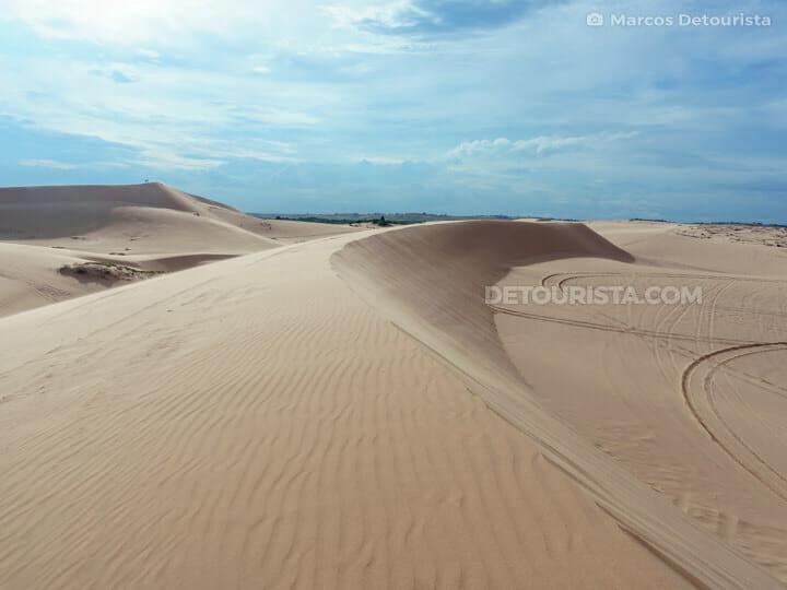 Mui Ne White Sand Dunes, Vietnam