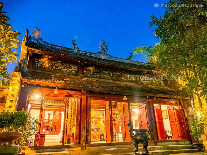 Ngoc Son Temple, in Hoan Kiem Lake, Old Quarter, Hanoi, Vietnam