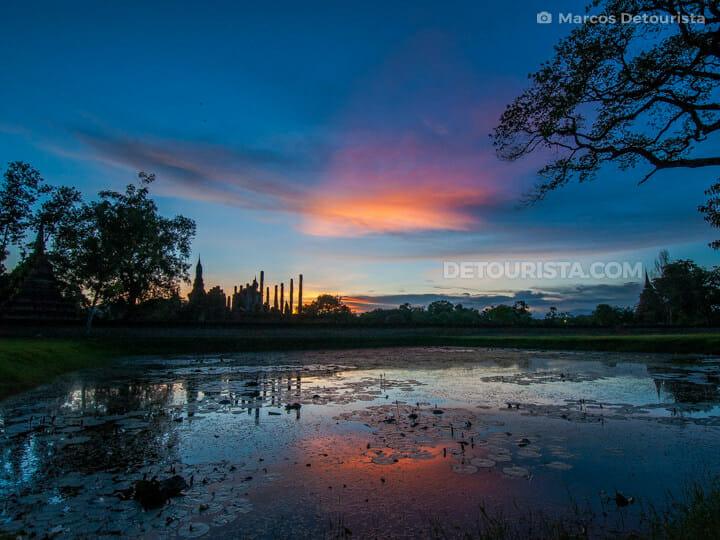 Sunset at Sukhothai Historical Park in Sukhothai, Thailand