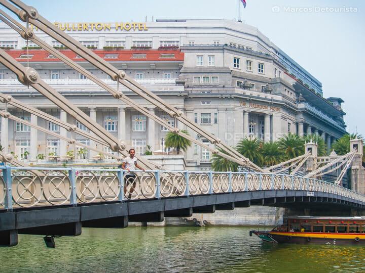 Cavenagh Bridge along the Singapore River