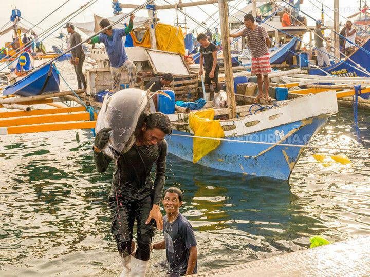 General Santos Fish Port (Tuna Market)
