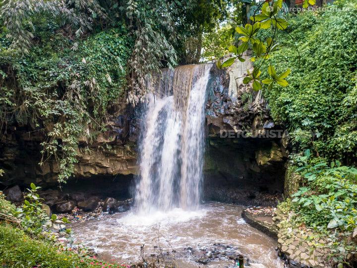 Nuart Sculpture Park waterfall