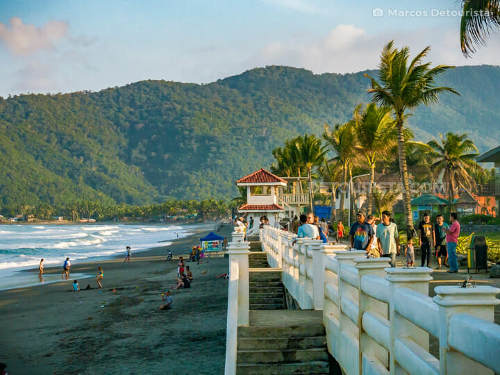 Sabang Beach boardwalk