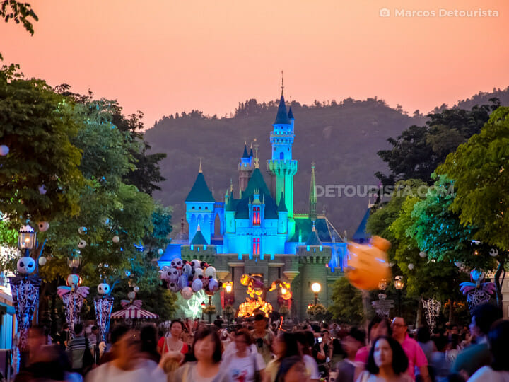 Disneyland Hong Kong - Sleeping Beauty Castle