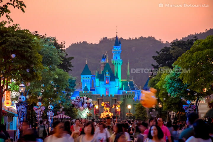 Disneyland Hong Kong - Sleeping Beauty Castle