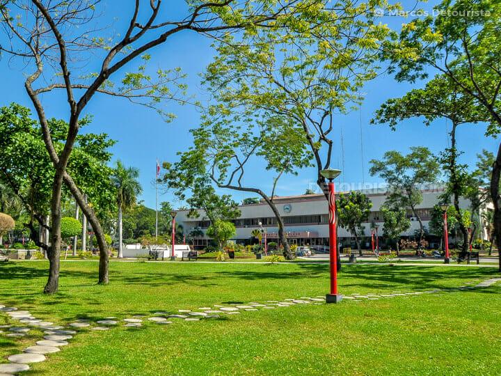General Santos City Hall & Plaza Heneral Santos