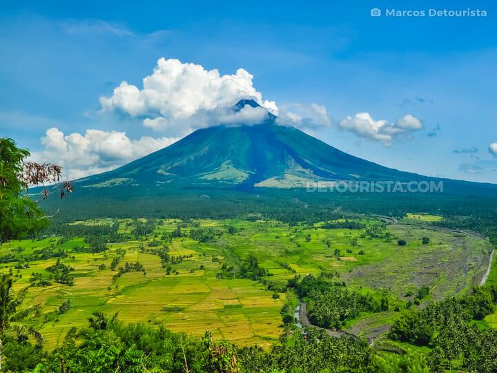 Mayon Volcano view from Lignon Hill in Legazpi City, Albay, Phil