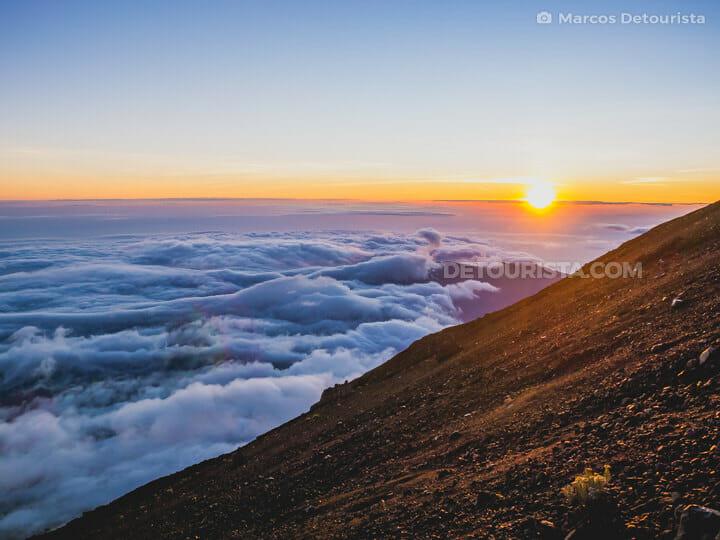 Mount Rinjani sunrise summit trek