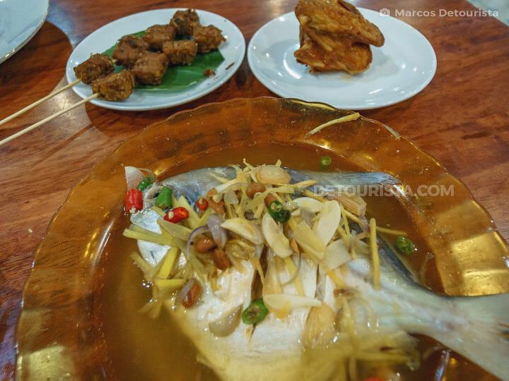 Rumah Makan Bintang Bawal, Medan