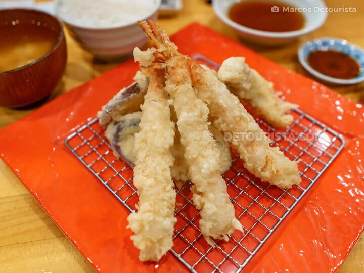 Shrimp (Ebi) Tempura at Fuji Tempura Idaten in Fujikawaguchiko-m
