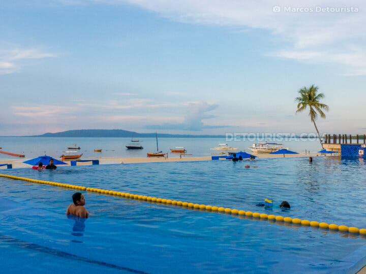 Bellevue Resort Bohol Infinity Pool in Doljo Beach, Panglao, Boh