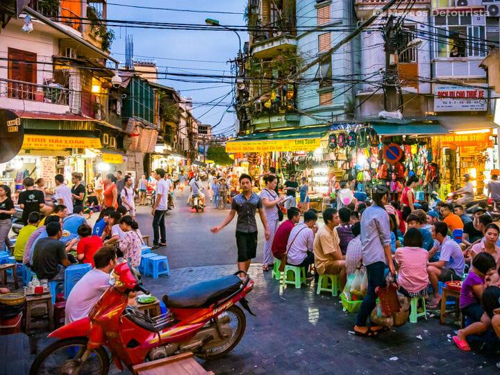 Local food stalls, in Old Quarter, Hanoi, Vietnam