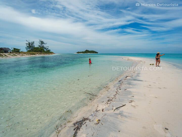 Cresta de Gallo Island near Sibuyan Island, Romblon