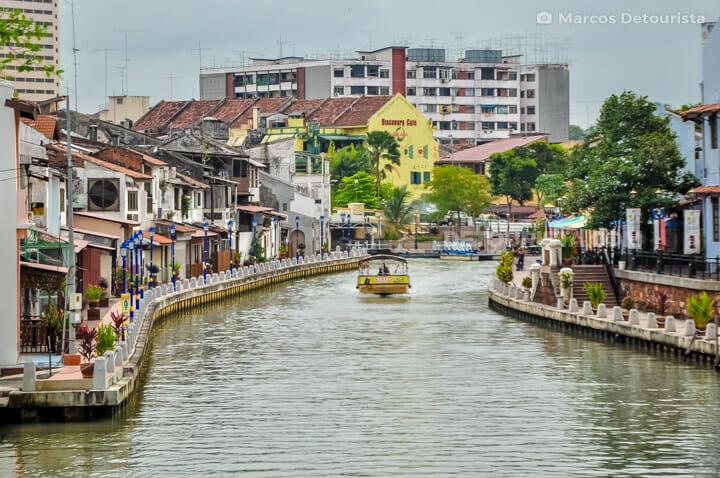 Melaka River & Dutch-colonial buildings, in Melaka, Malaysia