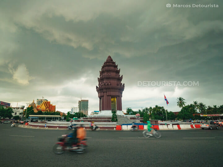 Independence Monument, in Phnom Penh, Cambodia