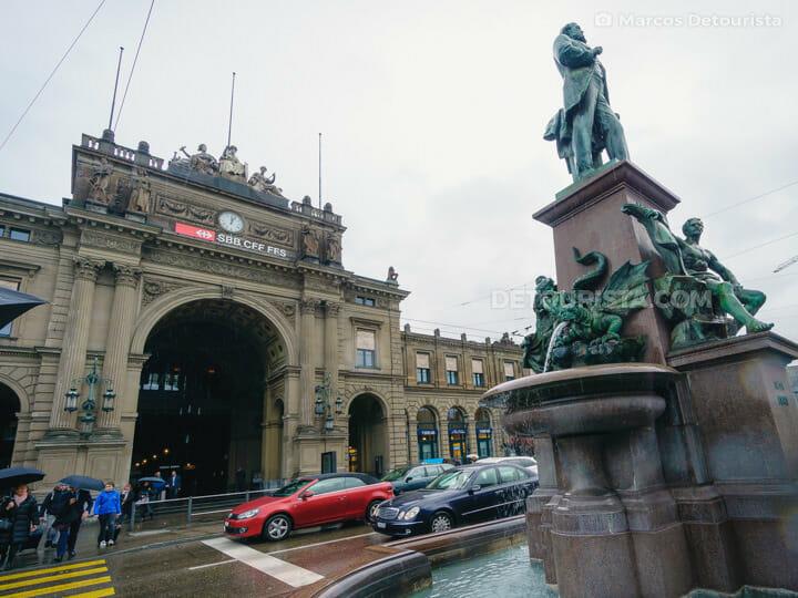 Zurich Main Station (Zürich Hauptbahnhof) in Zurich, Switzerland