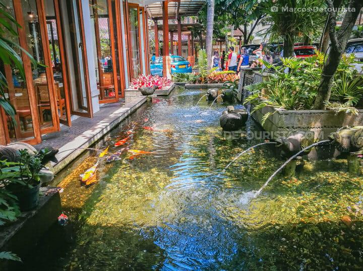 Rumah Mode Factory Outlet, Bandung