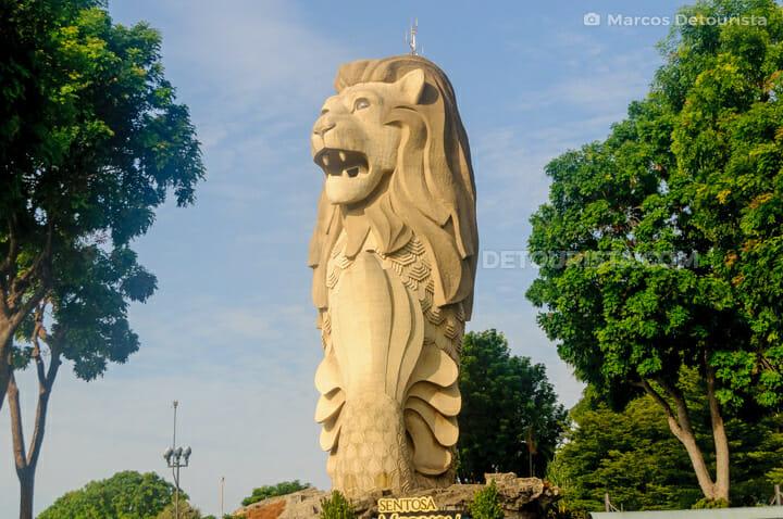 Giant Merlion at Imbiah Lookout, Sentosa, Singapore