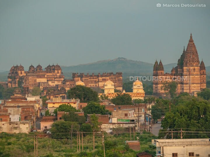 Orchha Fort and town center