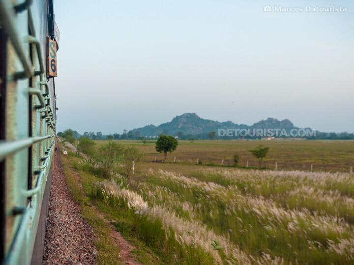 Varanasi-Khajuraho Train countrside view