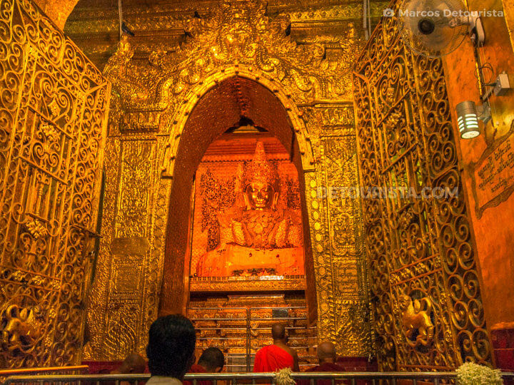 Golden Buddha at Maha Myat Muni Paya (pagoda) in Mandalay, Myanmar