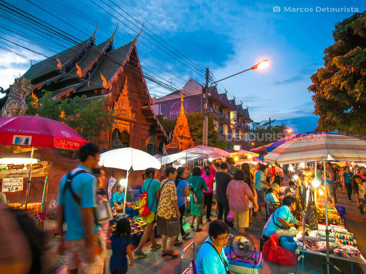 Night market in front of Wat Phan Tao, in Chiang Mai, Thailand