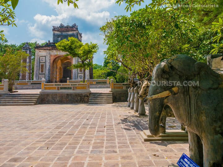 Elephant, mandarin and stone statues at Lang Tu Duc (tomb) in Hue, Vietnam