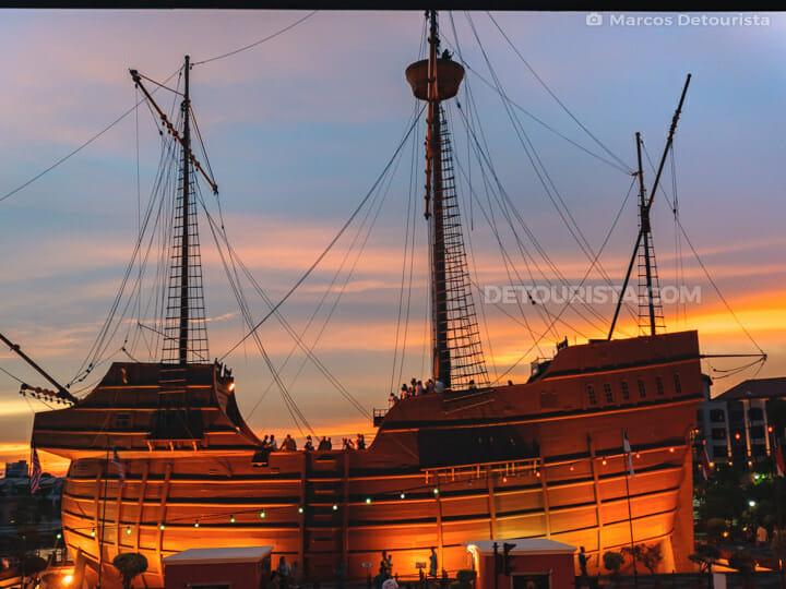 Maritime Museum & Naval Museum