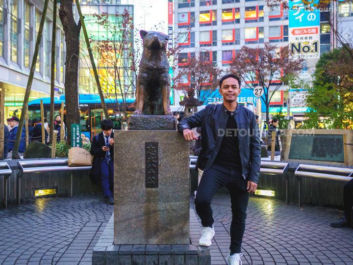 Hachikō Memorial Statue, in Shibuya, Tokyo, Japan