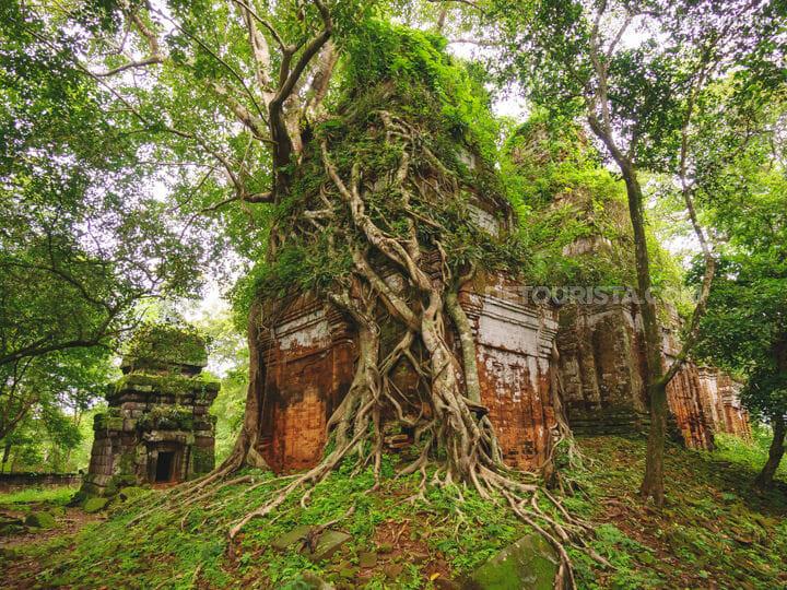 Koh Ker-Pram Temple near Siem Reap, Cambodia