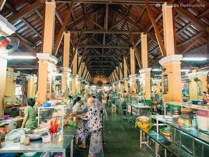 Food stalls inside Hoi An Central Market