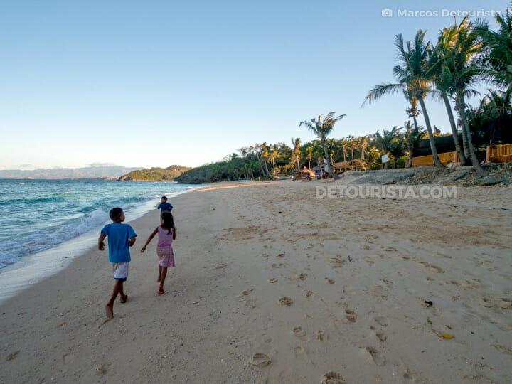 Ilig-Iligan Beach in Boracay Island, Malay, Aklan, Philippines
