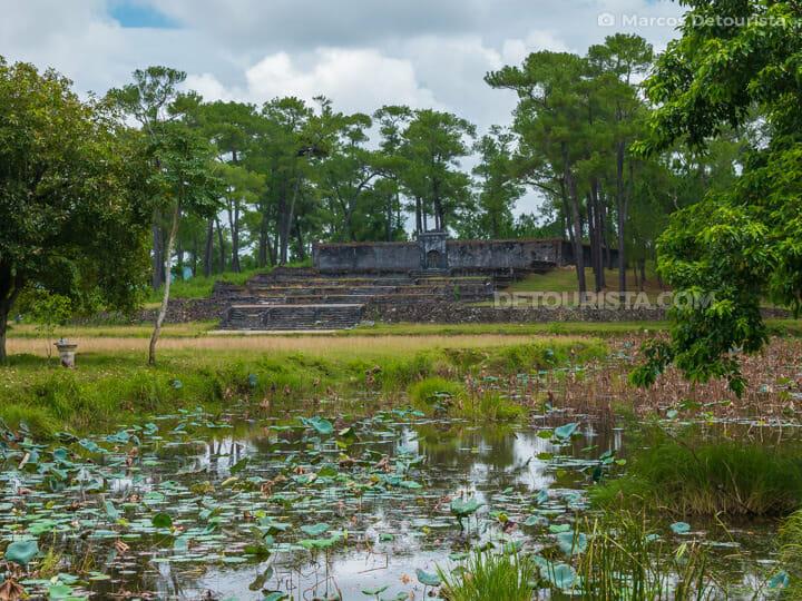 Lang Gia Long (tomb)