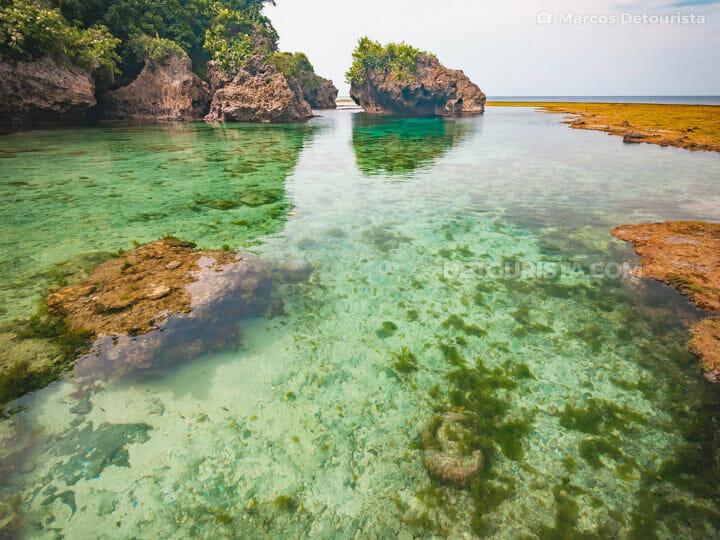 Magpupungko tidal pools, Siargao Island