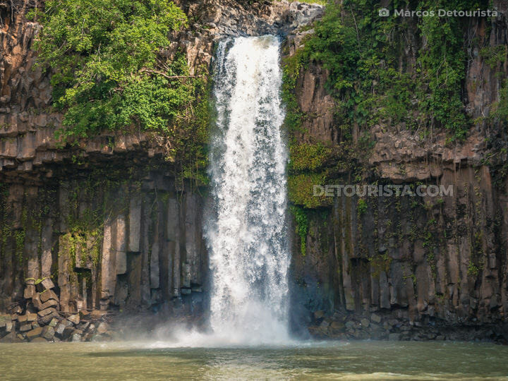 Cathedral Falls in Kapatagan, Lanao del Norte, Philippines